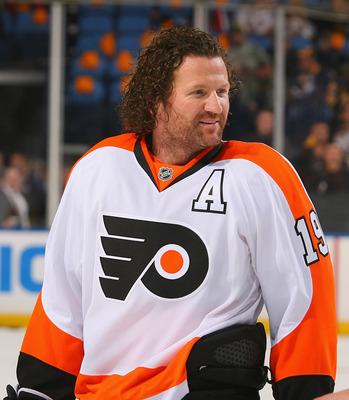 The Flyers will be without Scott Hartnell vs. the Penguins.