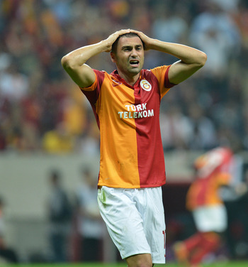 EPIC MISS! Galas Burak Yilmaz misses open goal from 2 yards out v Genclerbirligi