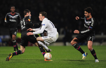 Gonalons goes in rough on Bale.