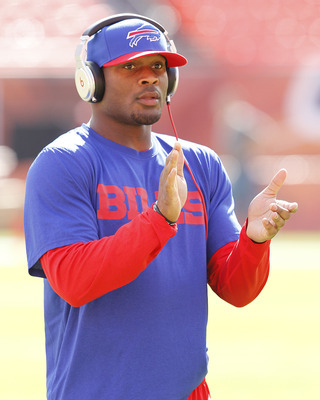 The Jets must avoid bidding wars for free agents like Buffalo Bills' Pro Bowl safety Jairus Byrd.