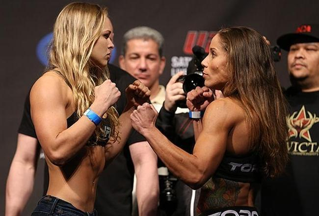 Methodgetrs120q75x38y2w661h461ro0sronda-rousey-liz-carmouche-02-22-13-22-14-44-981_crop_650x440