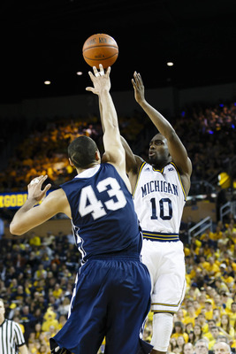 Tim Hardaway Jr. needs to start knocking down shots again in order for Michigan to repeat as Big Ten champions.