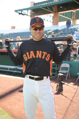 Kensuke Tanaka signed a minor league contract with the Giants in January.