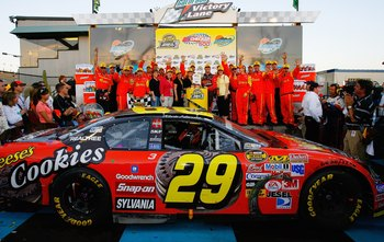 Harvick's No. 29 team swept Phoenix in 2006.