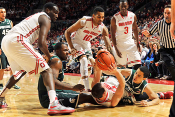 Does this look familiar? Aaron Craft is always hitting the deck for the good of his team.