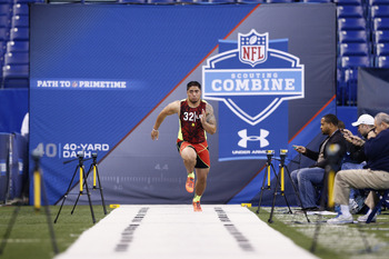 Manti Te'o ran his best 40-yard dash in 4.82 seconds.