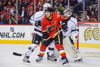 Could the Canucks bring in Jarome Iginla for a playoff run?
