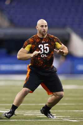 Long works out at the NFL Scouting Combine.