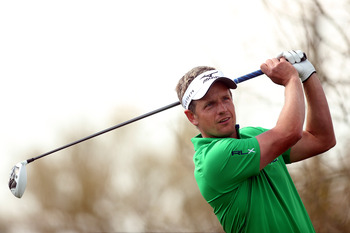 MARANA, AZ - FEBRUARY 22:  Luke Donald of England hits his tee shot on the eighth hole during the second round of the World Golf Championships - Accenture Match Play at the Golf Club at Dove Mountain on February 22, 2013 in Marana, Arizona.  (Photo by Dar