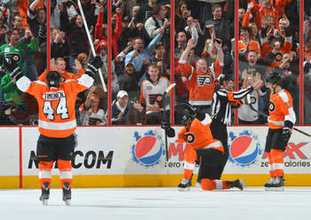 Wayne Simmonds has been a bit of a surprise for the Flyers this season.