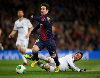 Lionel Messi is the popular choice in the discussion about the best player in the world.