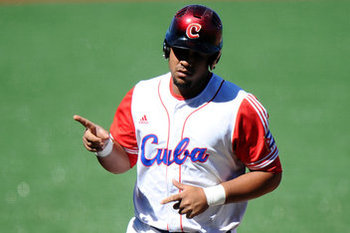 Slugger Jose Abreu will look to lead Cuba into contention in the 2013 WBC. Photo courtesy vivaelbirdos.com