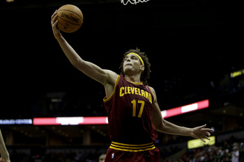 Varejao can teach his teammates the importance of hustle.