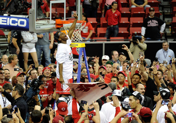 New Mexico celebrates after winning the 2012 Mountain West Tournament.