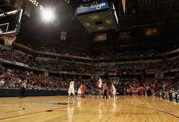 Michigan State and Ohio State tip off the Big Ten Championship Game in 2012.