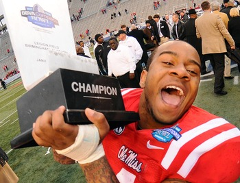 LB Denzel Nkemdiche looks forward to more trophies.