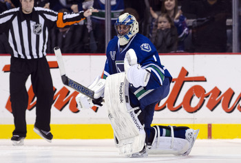 Luongo can find the humor when it comes to his cumbersome contract.