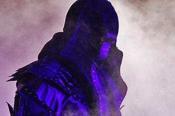 20121217_light_undertaker_c_display_image