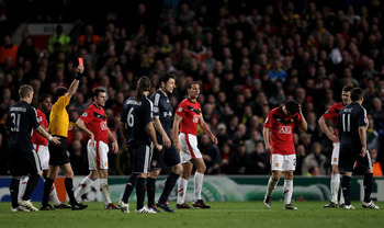 Da Silva sees red versus Bayern Munich at Old Trafford