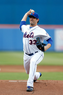 PORT ST. LUCIE, FL - MARCH 02:  Matt Harvey #33 of the New York Mets pitches against the Miami Marlins at Tradition Field on March 2, 2013 in Port St. Lucie, Florida.  (Photo by Chris Trotman/Getty Images)