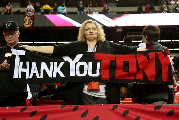 Falcons fans can put away the retirement well wishes for now.