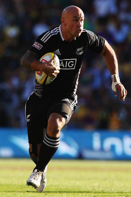New Zealand is firmly in the lead on the IRB 7s Series.