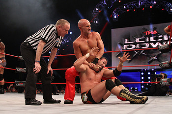 Daniels takes control of Chavo Guerrero. (Courtesy of ImpactWrestling.com)