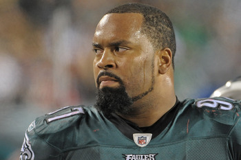 The Raiders could use a veteran like Cullen Jenkins to anchor the middle of the defense.