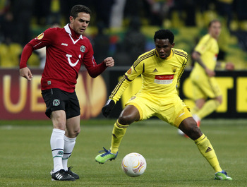 Can Samuel Eto'o (R) get Anzhi into the last eight?