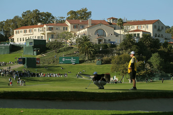 It's not far from the 10th green to the tee at Riviera Country Club, but the unseen bunkers  are the problem.
