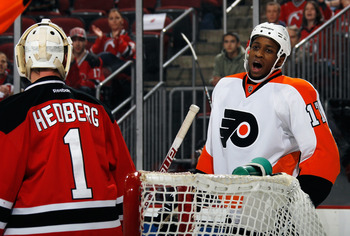 Wayne Simmonds has been an offensive surprise this season for the Flyers.