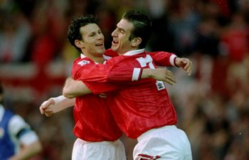 Ryan Giggs celebrates scoring against Blackburn with Eric Cantona