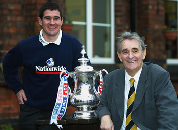Nigel and Brian Clough team up for an FA Cup press conference in 2003.
