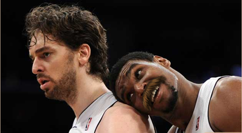 Original Photo Via: http://sports.cbsimg.net/images/visual/whatshot/andrew-bynum-ego.jpg