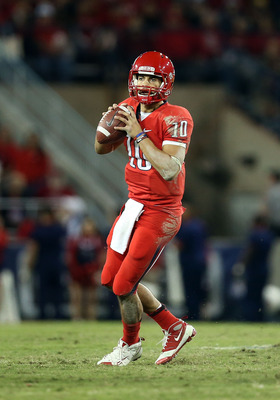Quarterback Matt Scott has similarities to Colin Kaepernick.