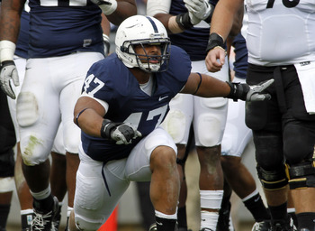 Jordan Hill playing one of his last games at Beaver Stadium.
