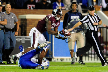 Johnthan Banks grabs an interception for Mississippi State.
