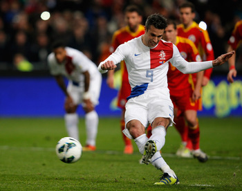 Robin Van Persie and the Dutch have won all their World Cup qualifiers easily but this may backfire on them in 2014.
