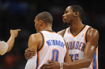 Kevin Durant and Russell Westbrook get one final stop at Oracle.