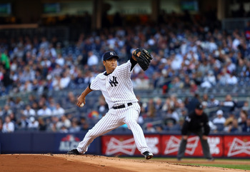 Hiroki Kuroda delivers a pitch to home plate during Game 2 of the 2012 ALCS against the Detroit Tigers