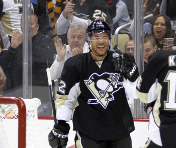Jarome Iginla is all smiles after scoring his first goal with the Penguins.