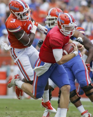 Jeff Driskel scrambles during the 2012 spring game.