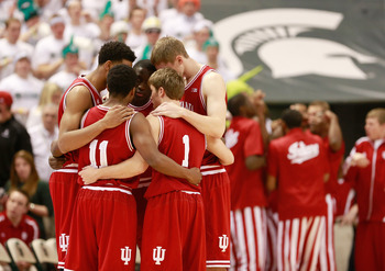 Indiana huddles up during the Michigan State game