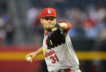 Lance Lynn throws a pitch against Arizona Wednesday night. The Cardinals lost 10-9 in 16 innings.