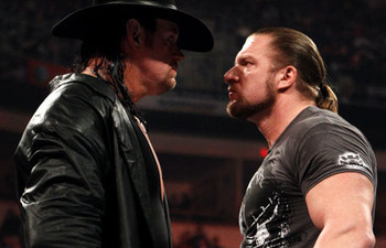 Triple-h-vs-undertaker-wrestlemania-27_display_image1_display_image