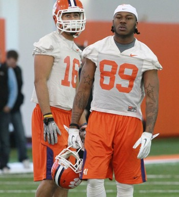 Jordan Leggett (16) during spring practices. Courtesy OrangeAndWhite.com
