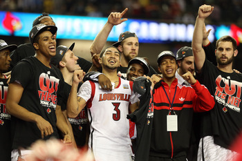 Louisville celebrates their National title after defeating Michigan 82-76.