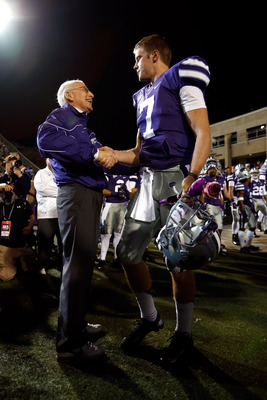 Bill Snyder (left) enjoyed a special relationship with Klein (right).