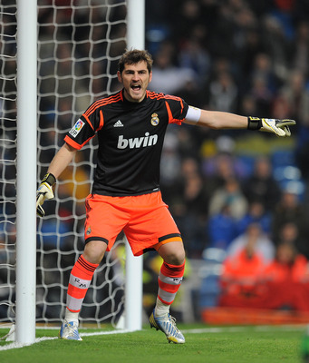 MADRID, SPAIN - JANUARY 09: Iker Casillas of Real Madrid CF reacts during the Copa del Rey round of 16 second leg match between Real Madrid and Celta de Vigo at Estadio Santiago Bernabeu on January 9, 2013 in Madrid, Spain.  (Photo by Denis Doyle/Getty Im