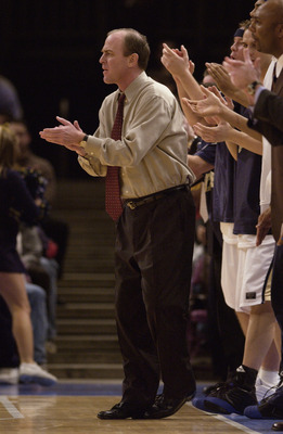 Coach Howland in 2002 with Pitt.